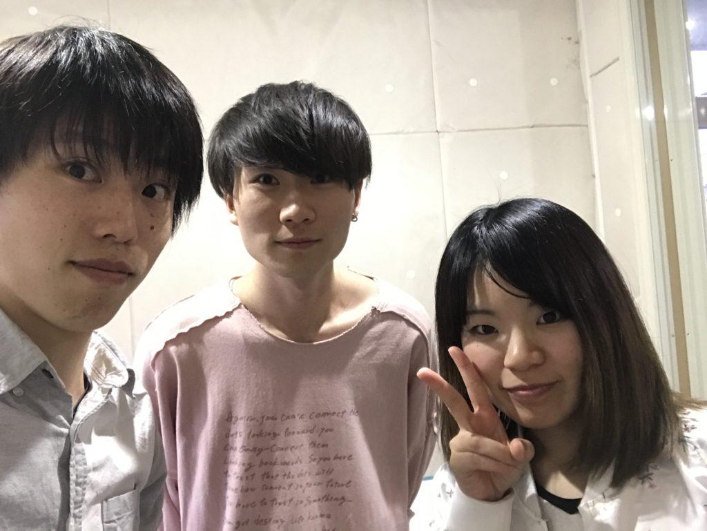 東京のボイスレッスンで若々しく!